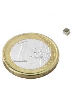 Magnetwürfel Würfelmagnet  2 x 2 x 2mm Neodym N45, Nickel – hält 100g