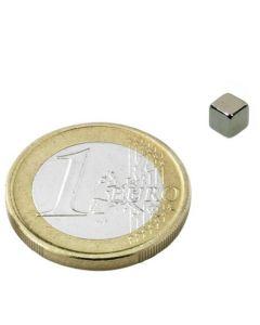 Magnetwürfel Würfelmagnet  4 x 4 x 4mm Neodym N42, Nickel – hält 1,0kg